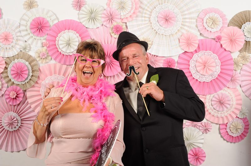 MR AND MRS SMOKEY
